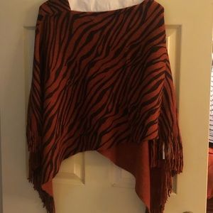 BNWT ponchos with fringe orange and brown one size